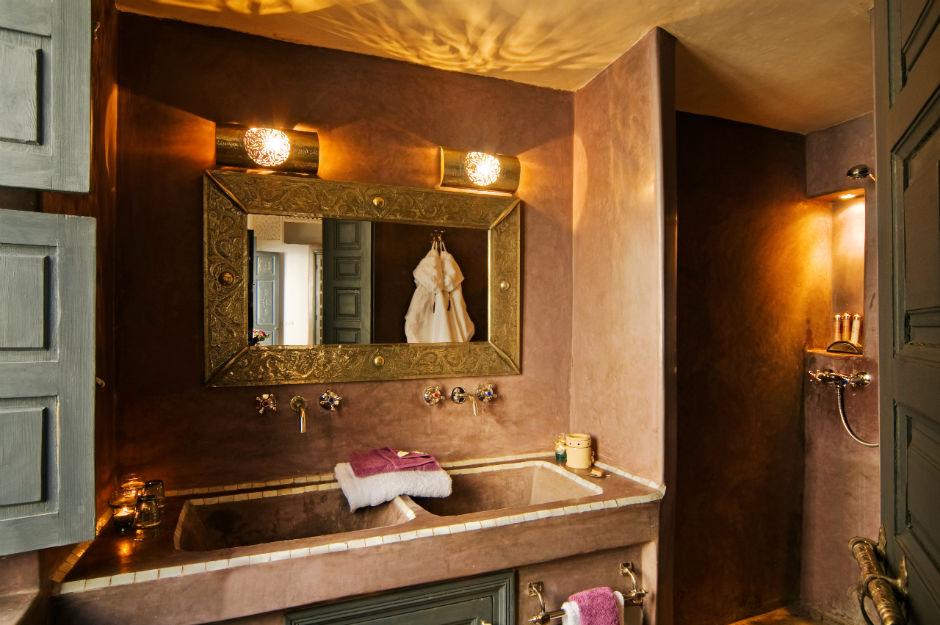 Meknes suite shower room