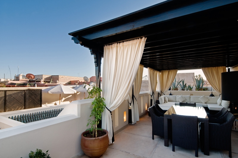 Riad adore luxury riad in marrakech morocco book riad for Terrace pergola