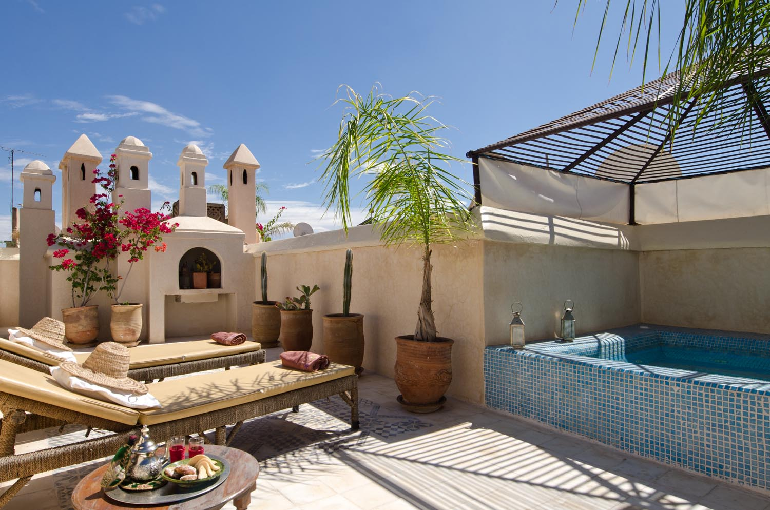 Riad vert luxury riad in marrakech morocco book riad for Decoration jardin terrasse