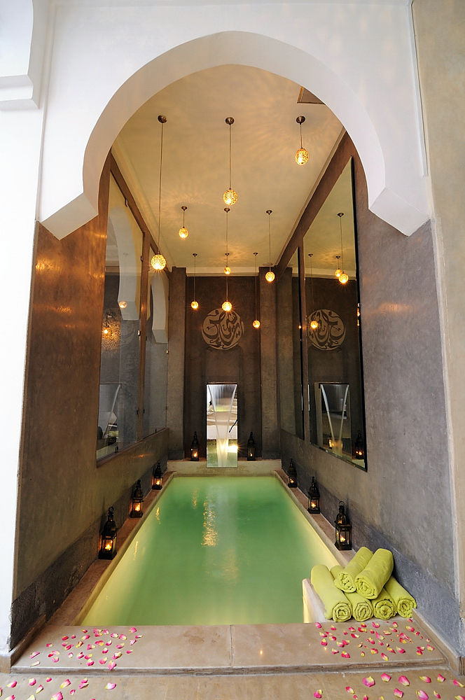 riad chayma luxury riad in marrakech morocco book riad. Black Bedroom Furniture Sets. Home Design Ideas