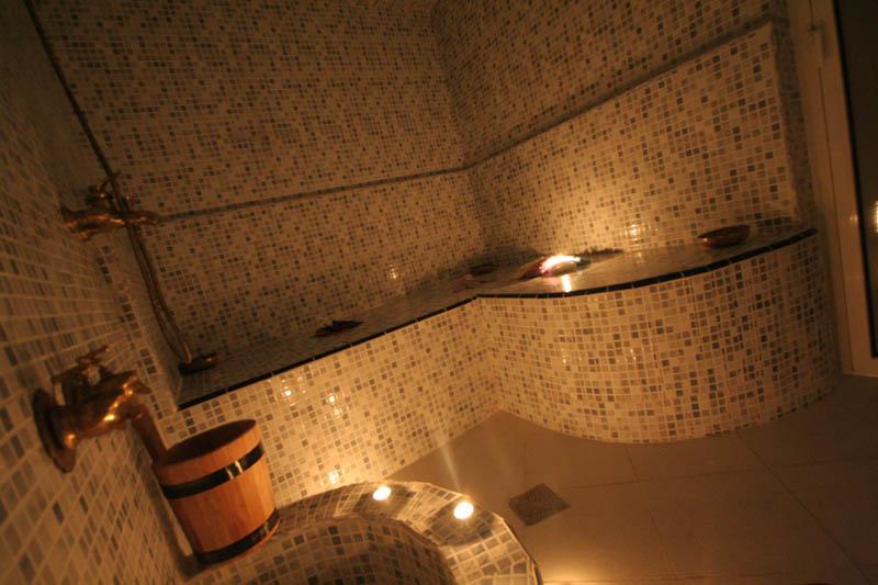 Issa blanca riad de luxe marrakech maroc r servez for Salle de bain style hammam