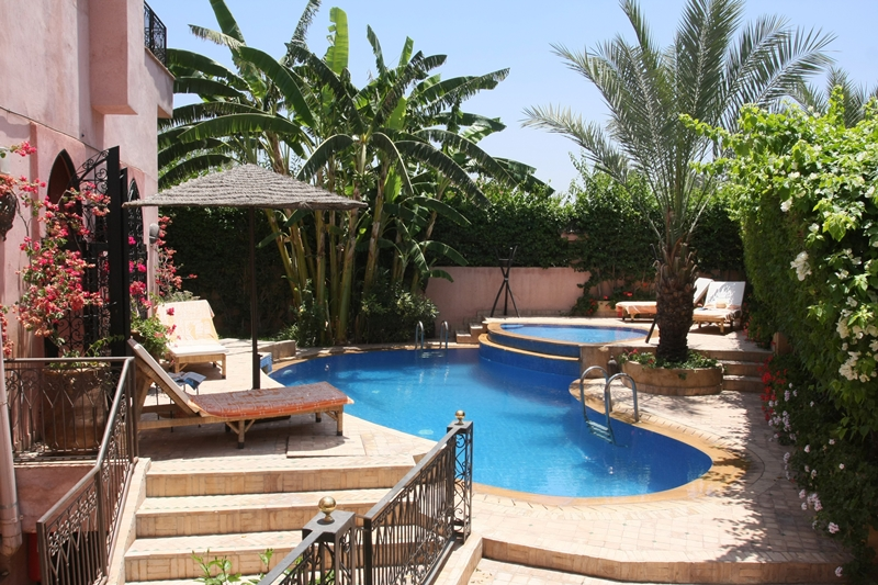 Riad mazal riad de luxe marrakech maroc r servez for Riad essaouira avec piscine