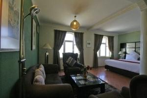 Handama Suite Salon
