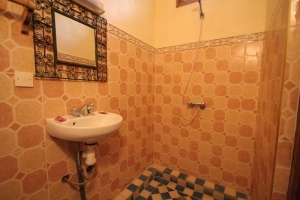Toubkal Family Suite Bathroom