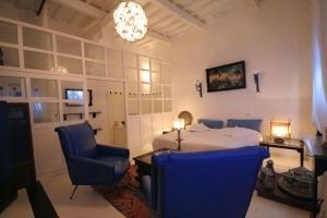 Roi Room