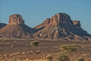 En Route - Desert Peaks