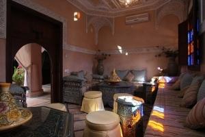 Moroccan Salon