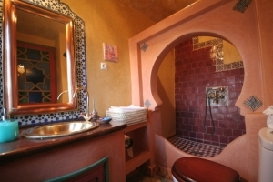 Lala Inas Bathroom