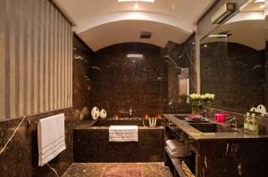 Luxueuse salle de bain en marbre